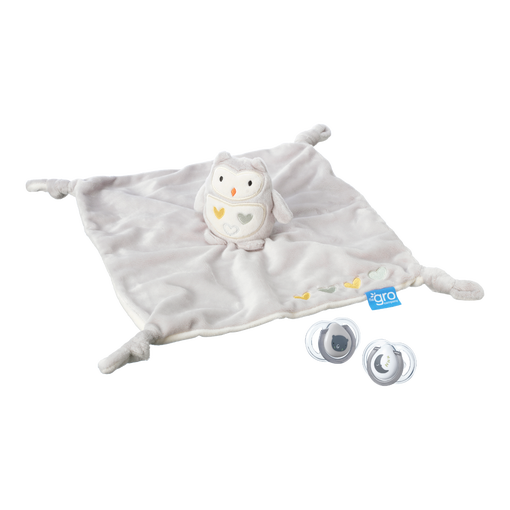 ollie-gro-comforter-with-newborn-soothers