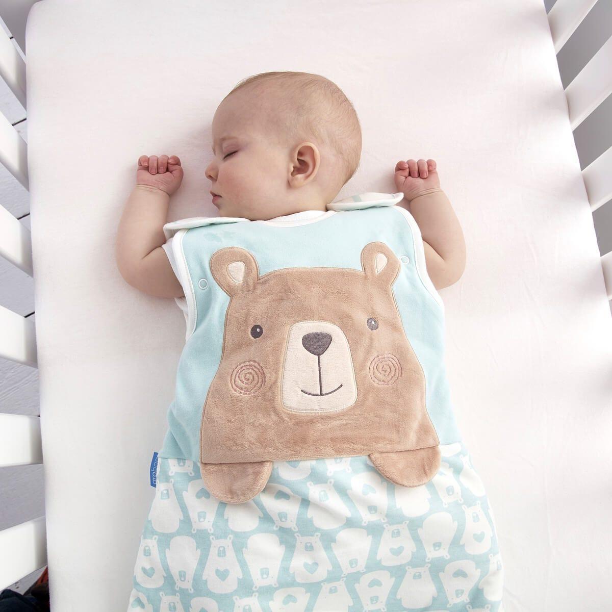 baby-in-cot-sleep-wearing-0-6-month-bennie-bear-grobag