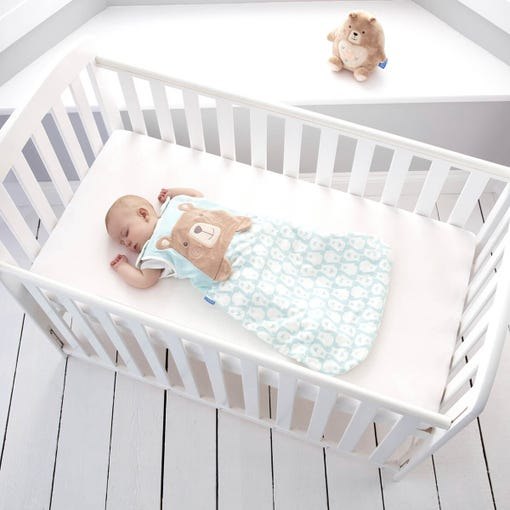baby-in-cot-sleep-wearing-0-6-month-bennie-bear-grobag-with-grofriend-in-background