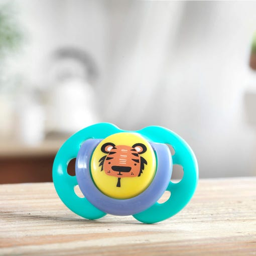 green-tiger-fun-style-soother-on-bench