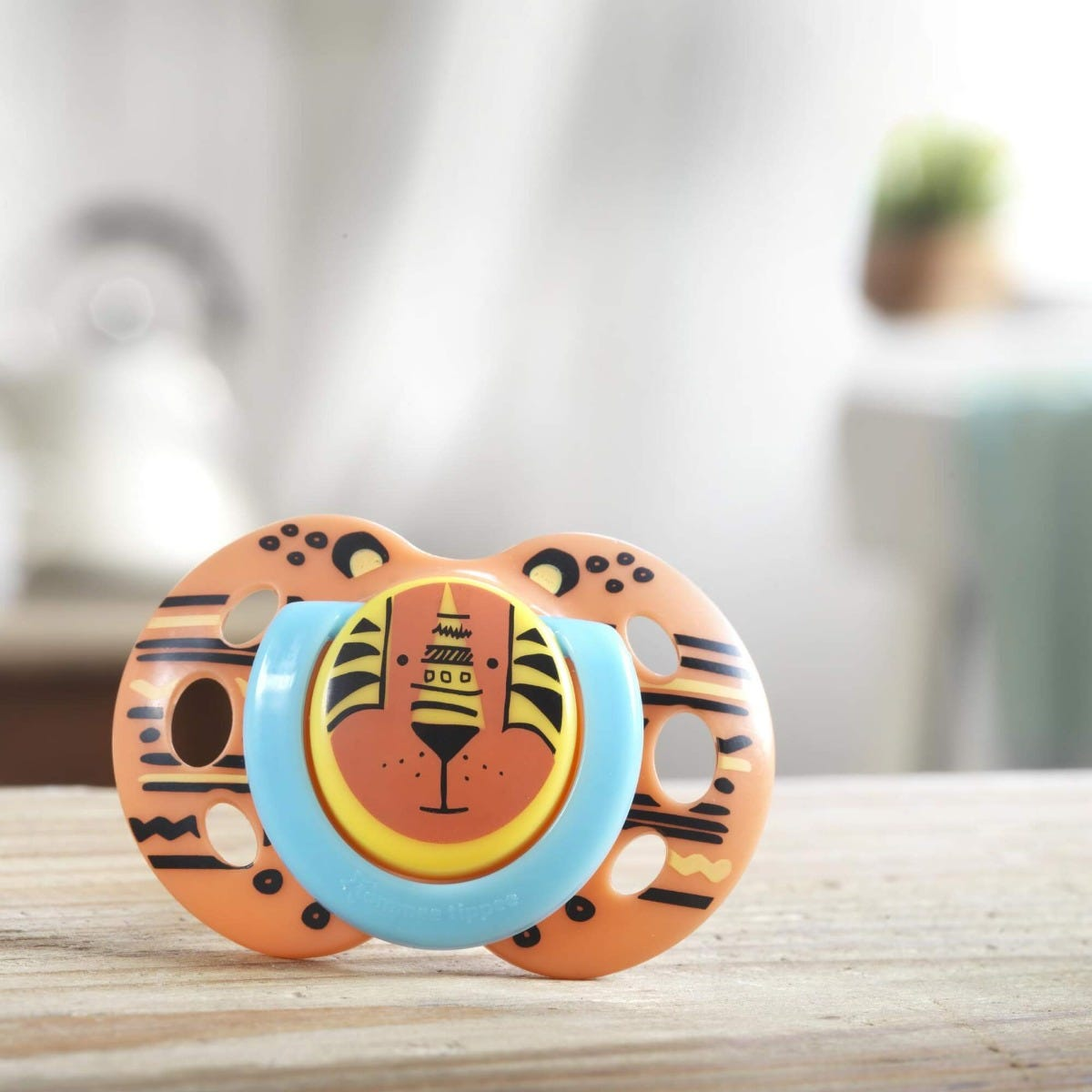 fun-style-soother-tiger-on-counter-top