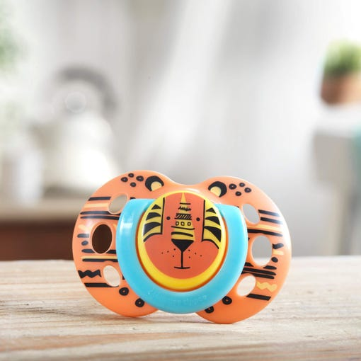 orange-tiger-soother-on-bench